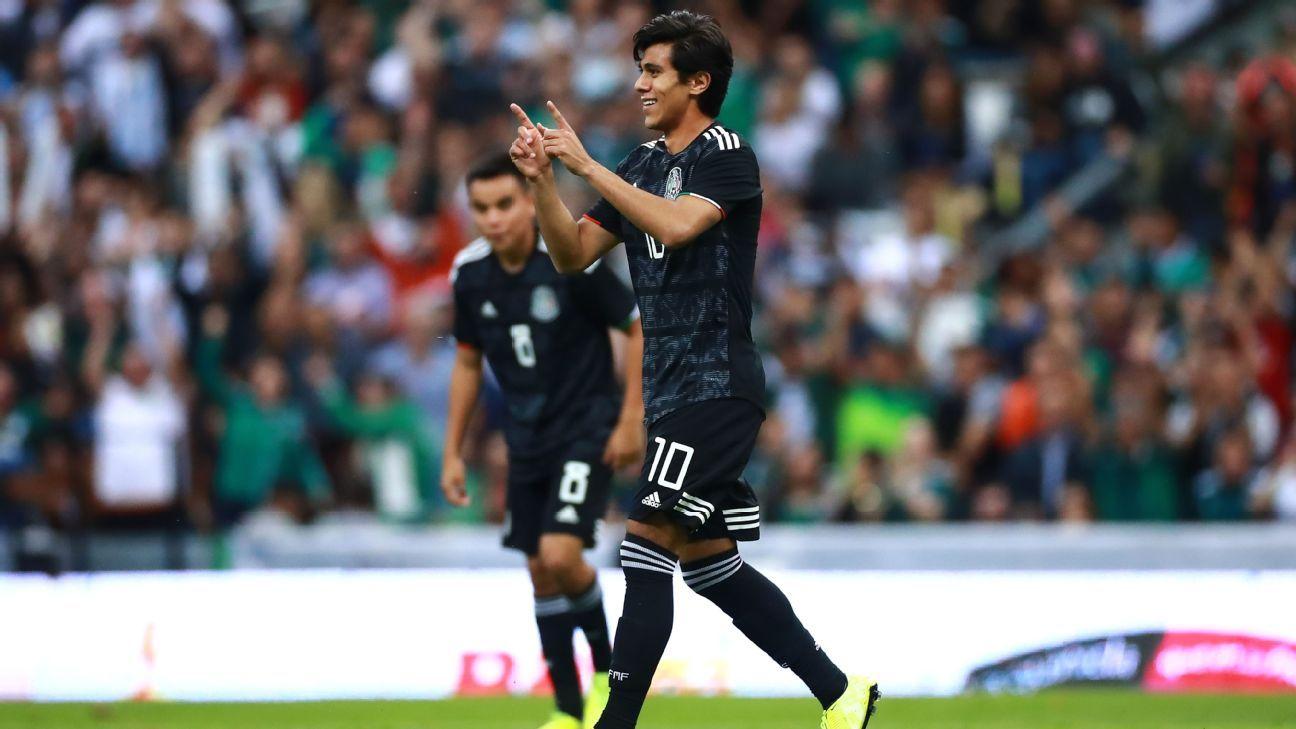 Roberto Alvarado, Rodolfo Pizarro shine in Mexico's easy win over Panama
