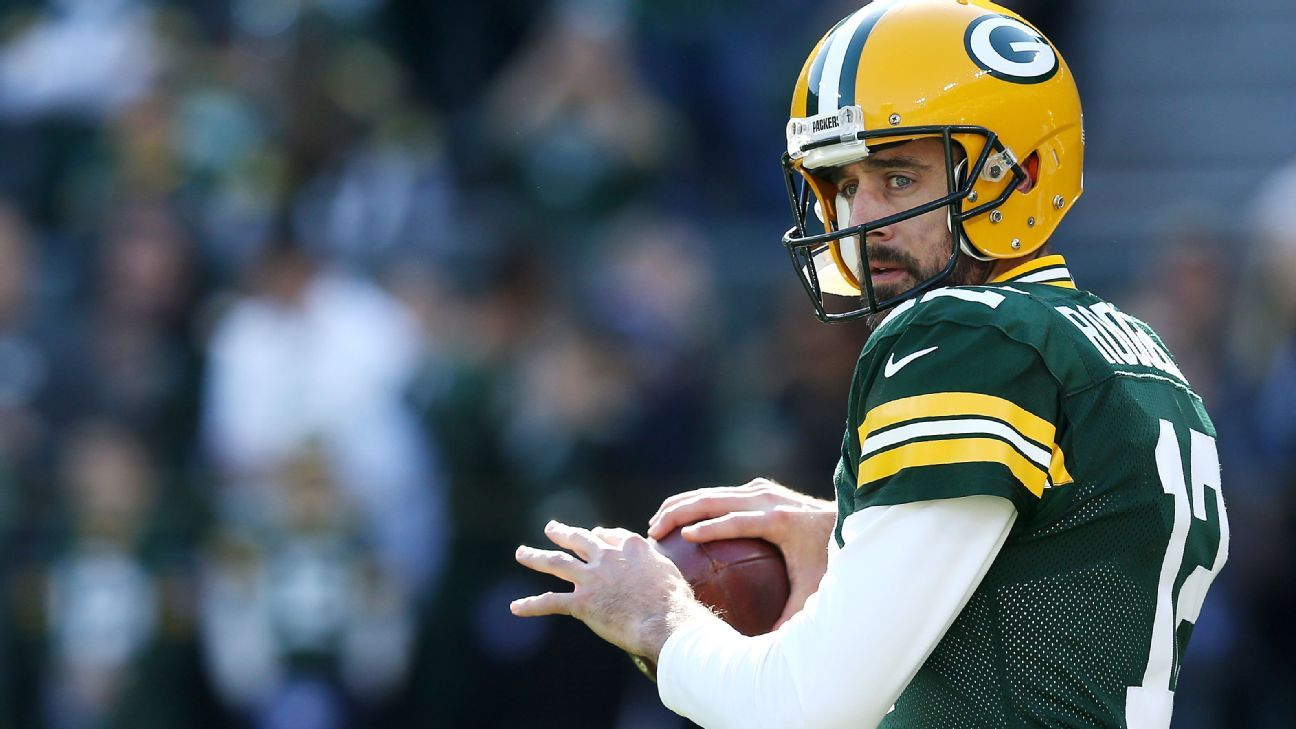 Packers' Aaron Rodgers back in MVP race for first time in 3 years