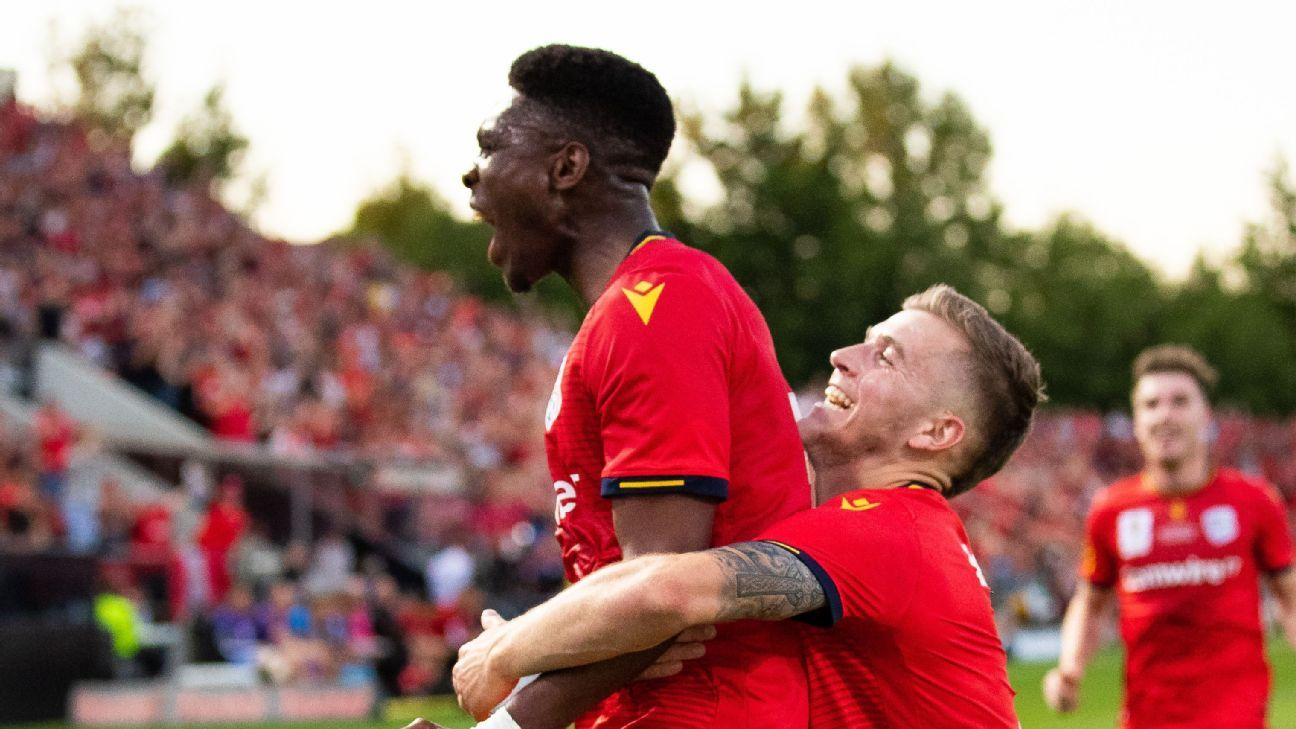 Adelaide United's FFA Cup Final win down to fearlessness and maturity
