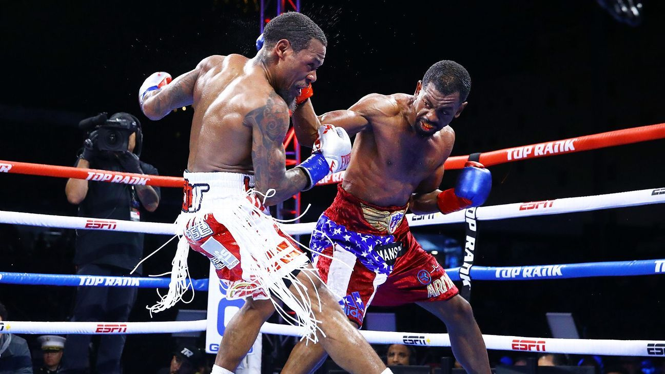 Jamel Herring defeats Lamont Roach Jr. by unanimous decision to retain his WBO junior lightweight title.