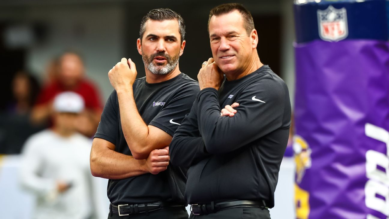 Sources: Gary Kubiak to take over OC duties for Vikings