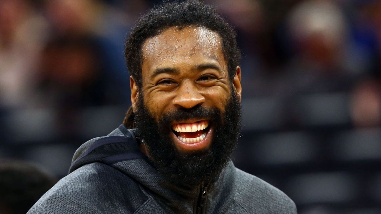 DeAndre Jordan is the NBA's $40 million best friend