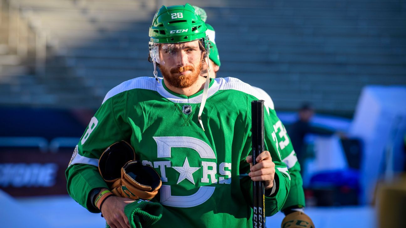 Stars' Stephen Johns returns after missing nearly 22 months