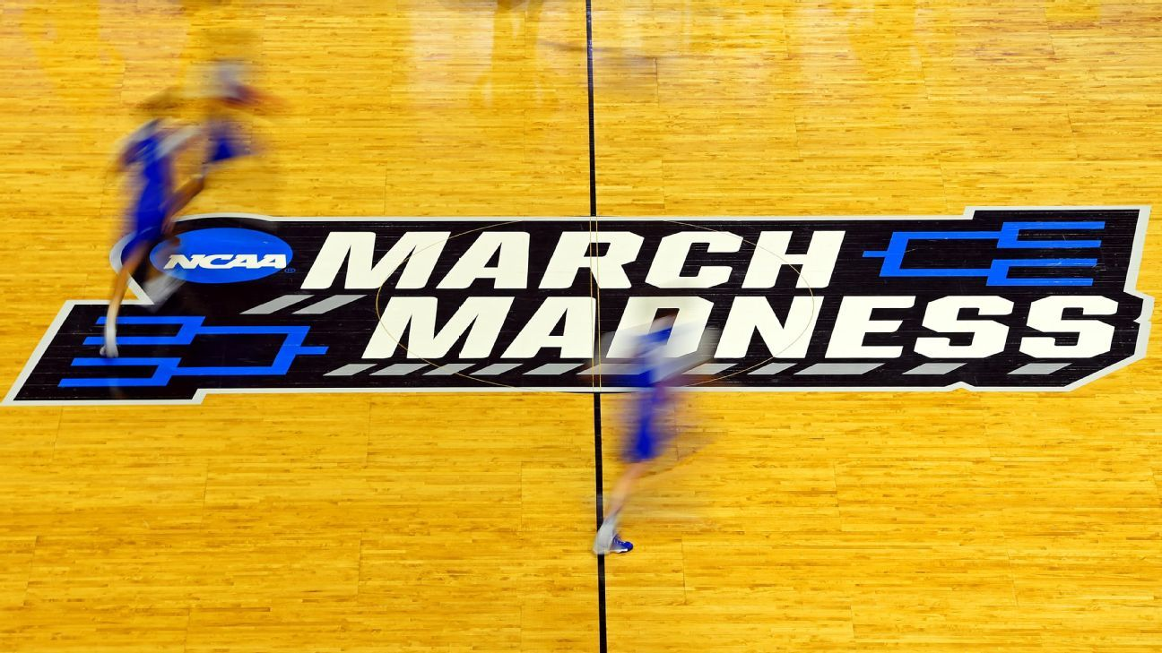 UConn, Stanford, Texas A&M, South Carolina top four in early look at NCAA women's basketball tournament seeding - ESPN
