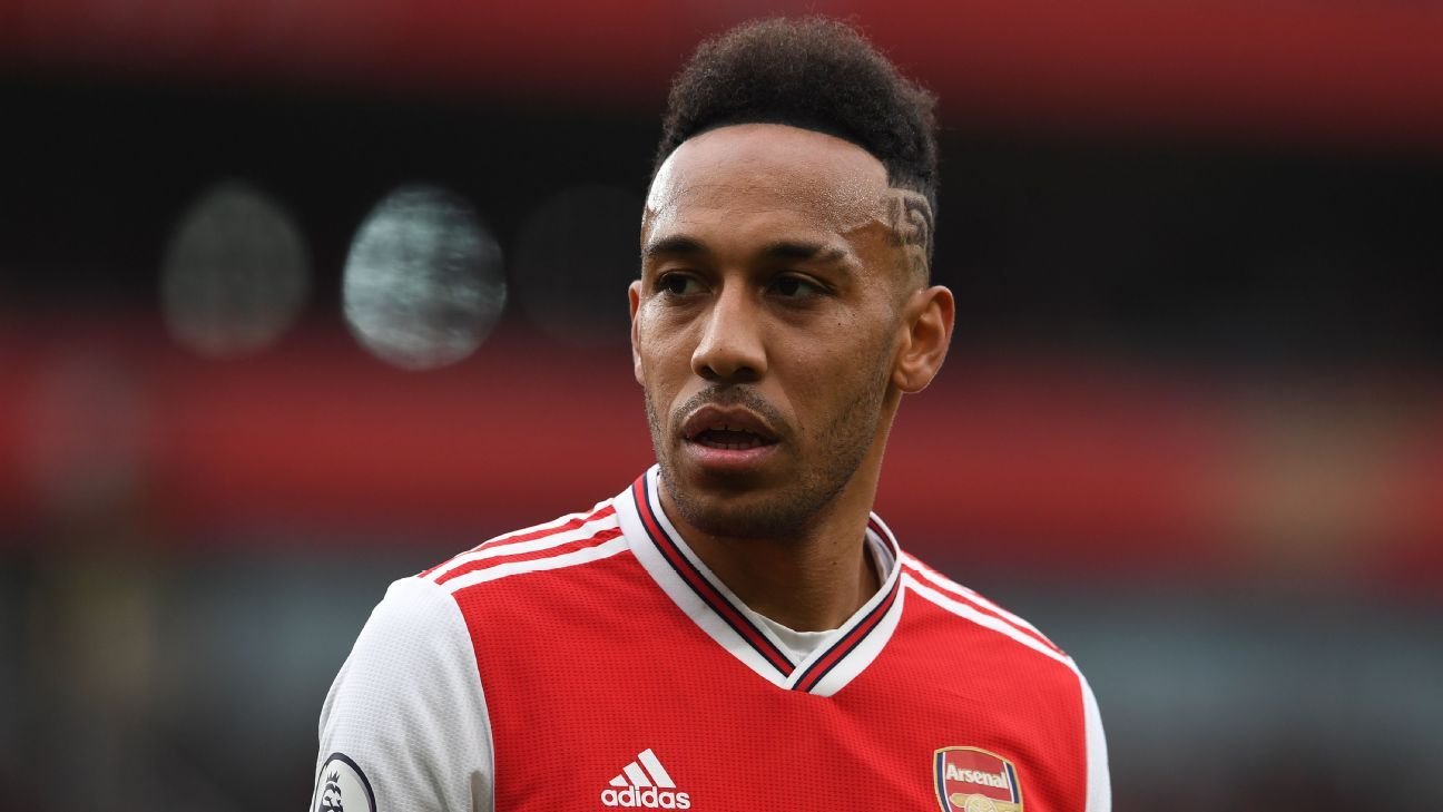 Reporters' Notebook: Aubameyang in limbo at Arsenal?