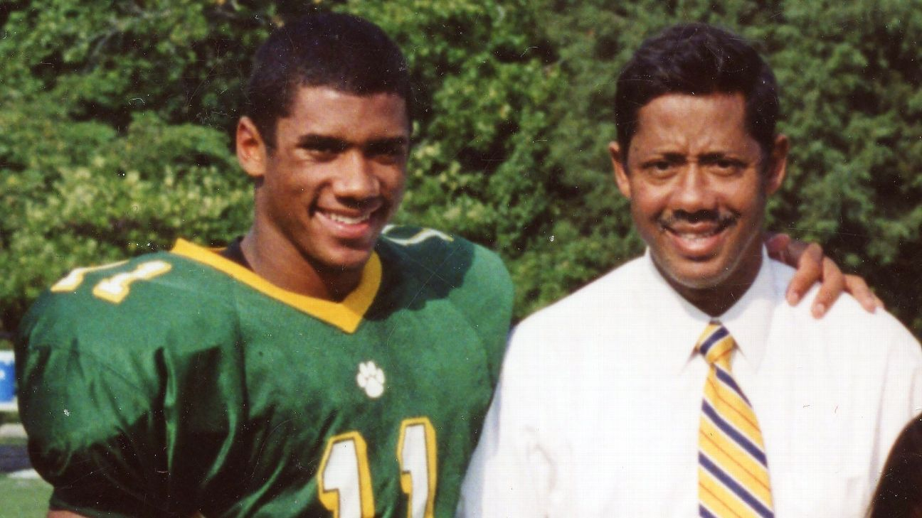 Image result for russell wilson with dad