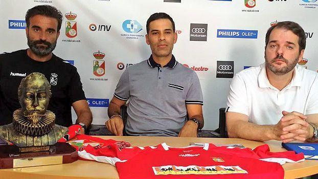 Rafael Márquez se despide como entrenador del Real Alcalá