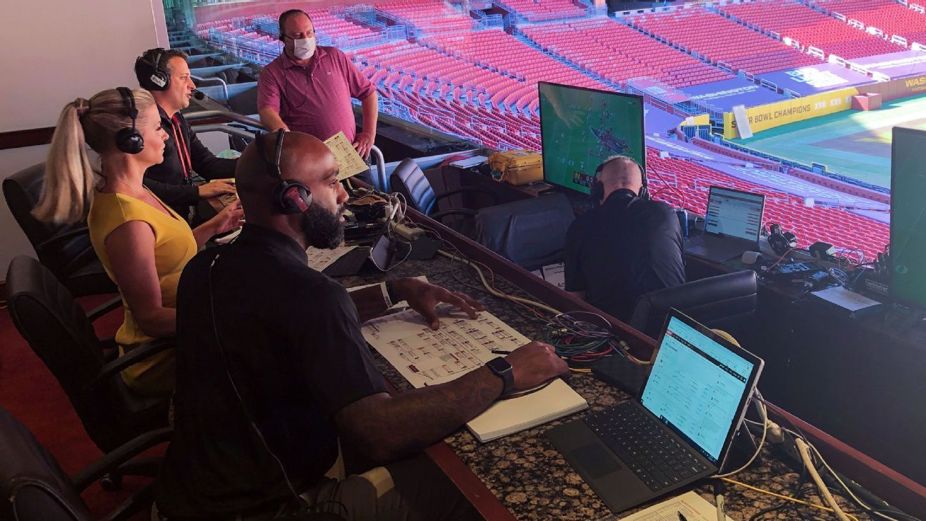 Call a game from 2,300 miles away? Washington radio crew gets it done