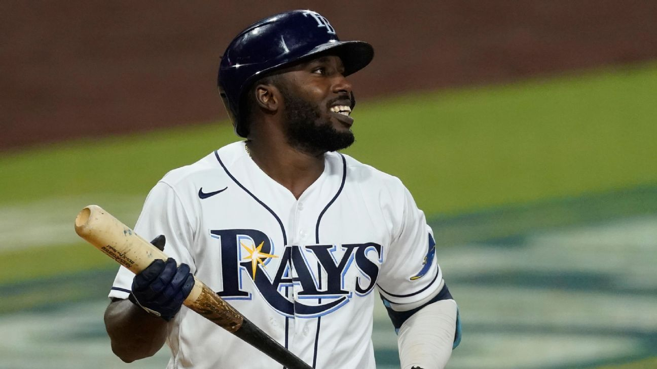 Randy Arozarena shines brightest in Rays' no-star approach to owning October