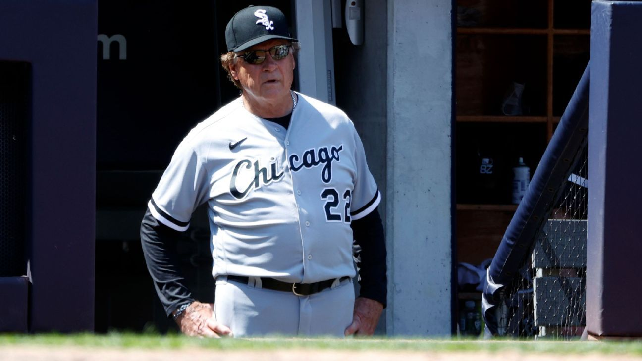 Family upset ChiSox named lounge for La Russa thumbnail