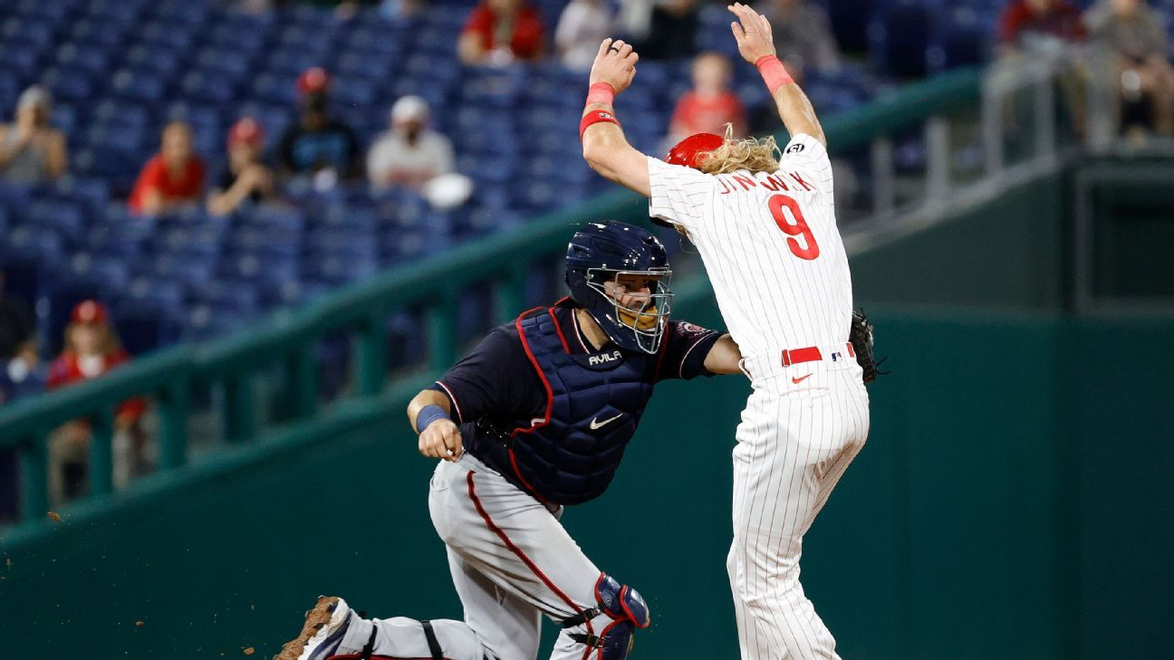 'Sorry you had to see that': How baserunning has become an embarrassment in MLB thumbnail