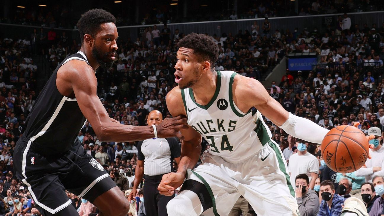 NBA playoffs 2021 - By the tip of Kevin Durant's shoe, the Milwaukee Bucks are finally halfway to their goal - ESPN