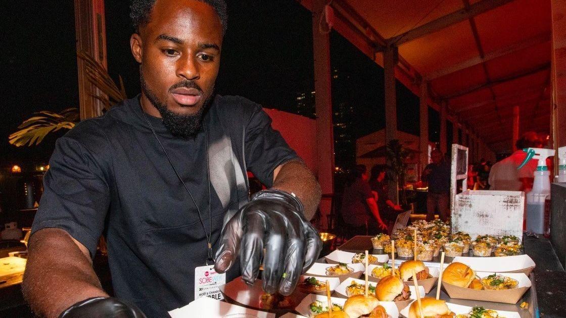 Brisket, ribs and BBQ: Miami native, Buffalo Bills receiver opens new restaurant