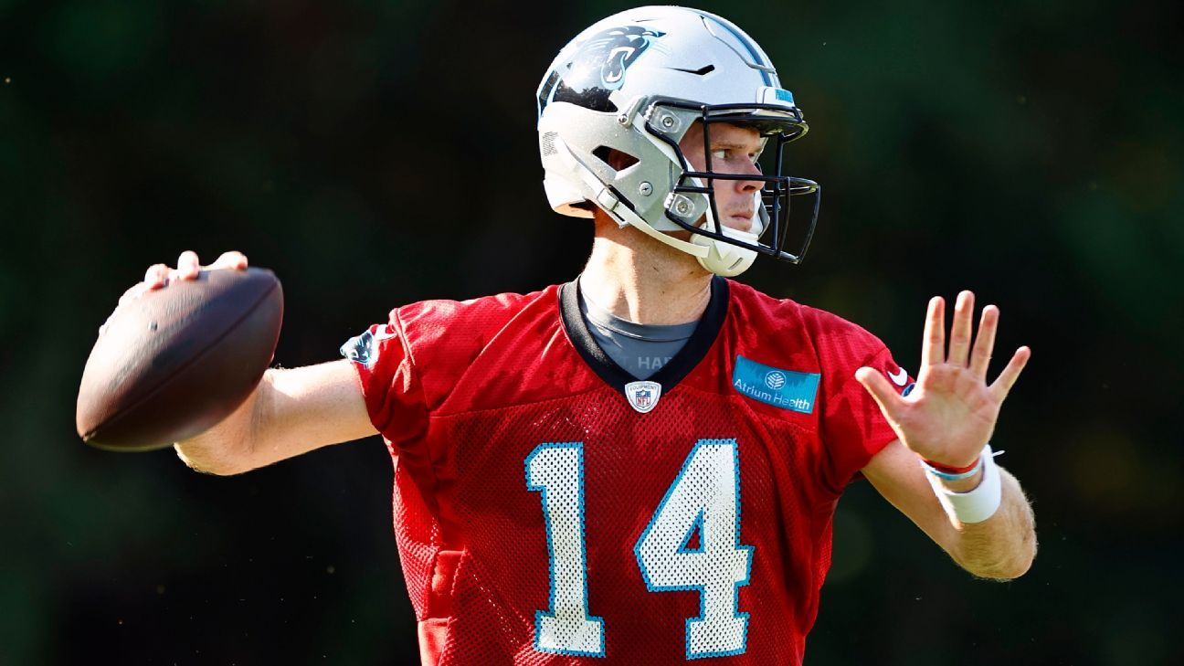 Panthers QB Sam Darnold to be fully vaccinated for COVID-19 on Friday