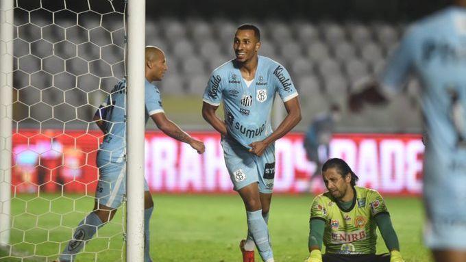 Copa do Brasil: Santos goleia a Juazeirense na Vila Belmiro e conquista  grande vantagem por vaga nas quartas