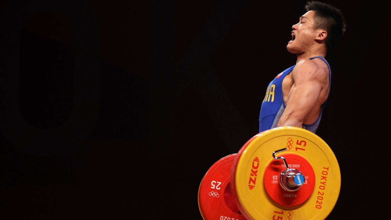 Lyu becomes oldest Olympic weightlifting champ