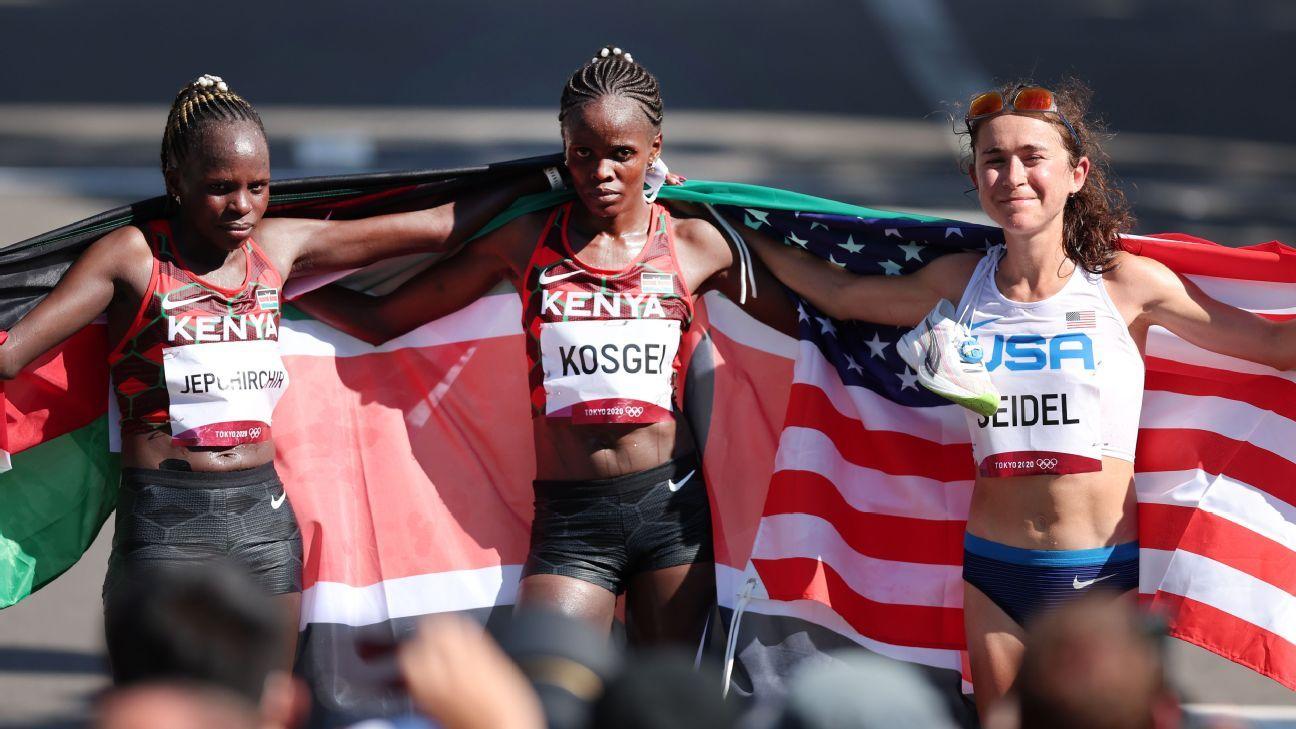 Olympics 2021 live updates: USA men's hoops goes for gold; marathoner Molly Seidel wins bronze thumbnail