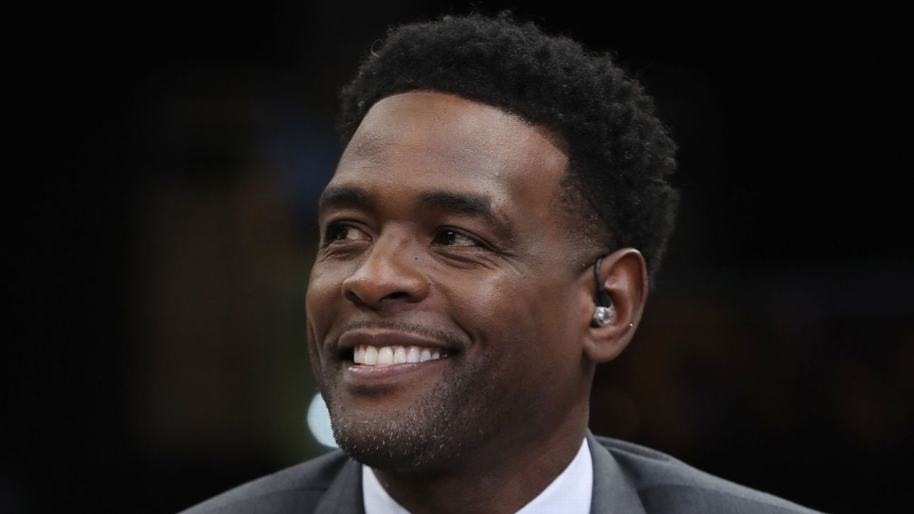 Chris Webber -- Michigan AD Warde Manuel apologized for 2003 fallout