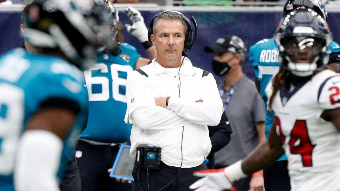 Urban Meyer apologizes again, says he didn't consider resigning as Jacksonville Jaguars coach
