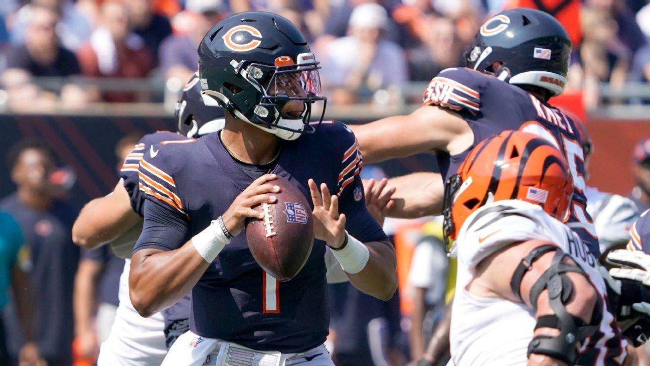 Chicago Bears rookie QB Justin Fields replaces injured Andy Dalton vs. Cincinnati Bengals