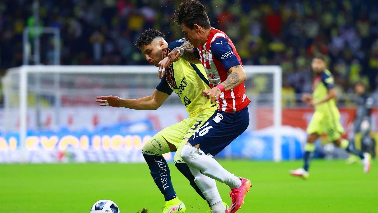 Ramos Rizo: 'Le perdonaron la roja al Chicote Calderon'