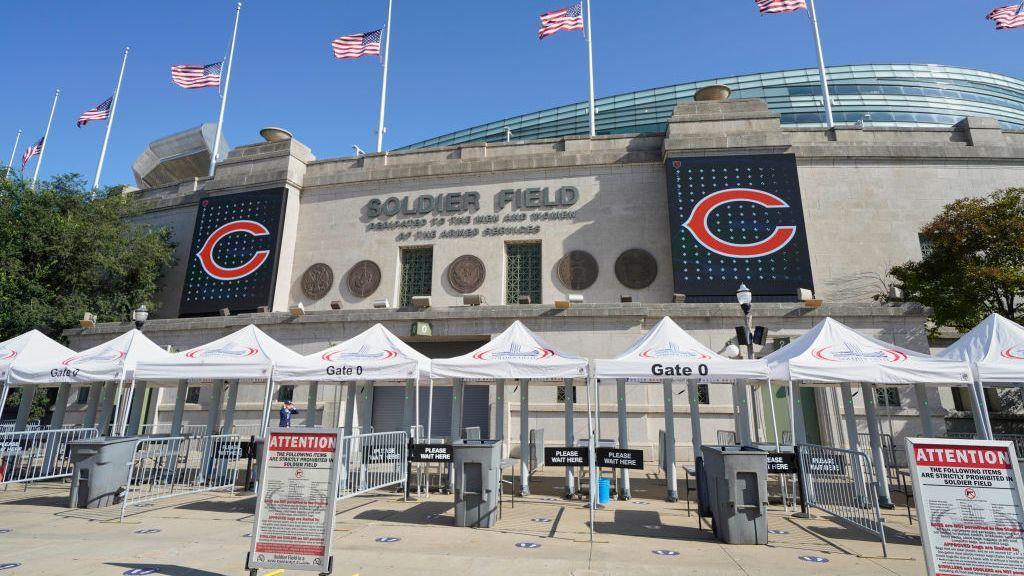 Los Chicago Bears dan otro paso hacia abandonar Soldier Field en busca de otro estadio