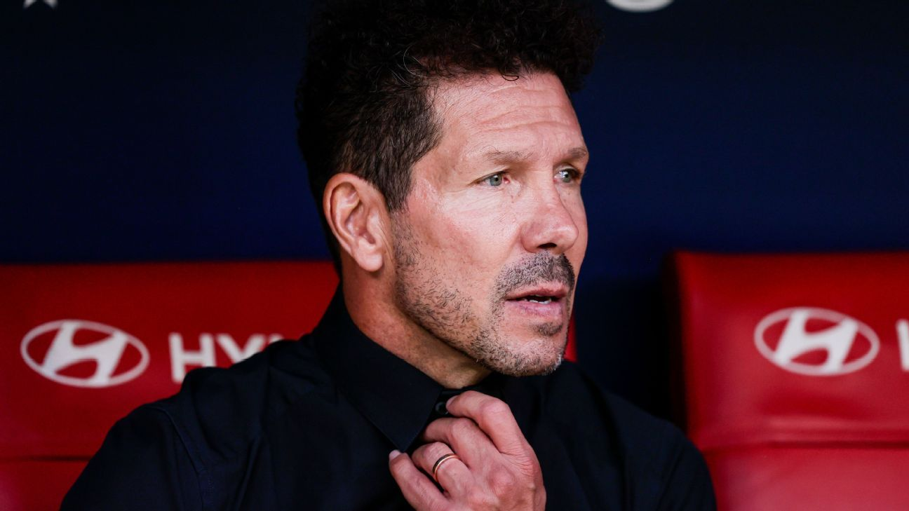 Simeone, previo al Atlético vs Barcelona: 'Respeto mucho a Koeman. Le deseo lo mejor'