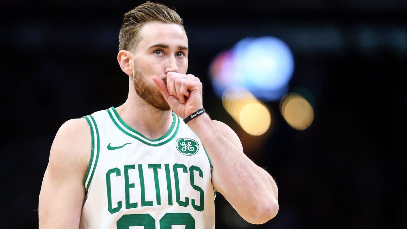 Gordon Hayward của Celtics bẻ gãy tay trái trước Spurs
