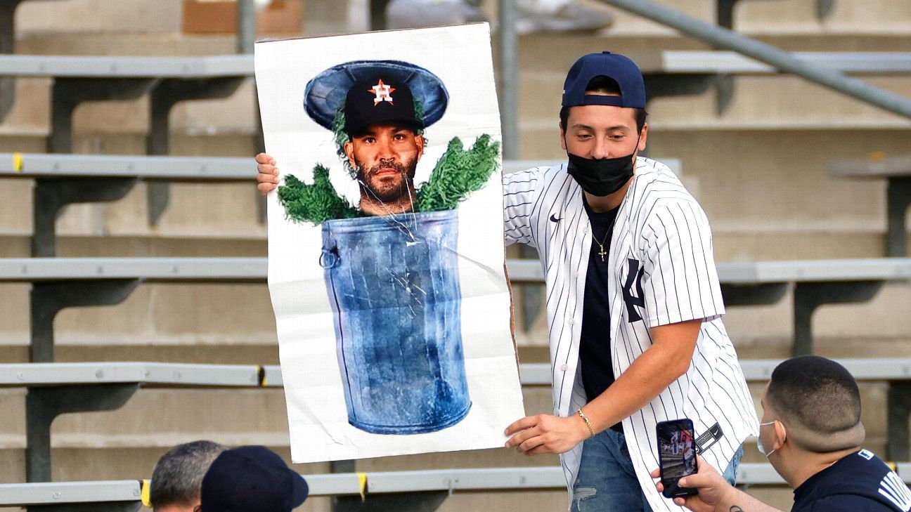 'New York never forgets': Yankee fans come out in full force to jeer Astros