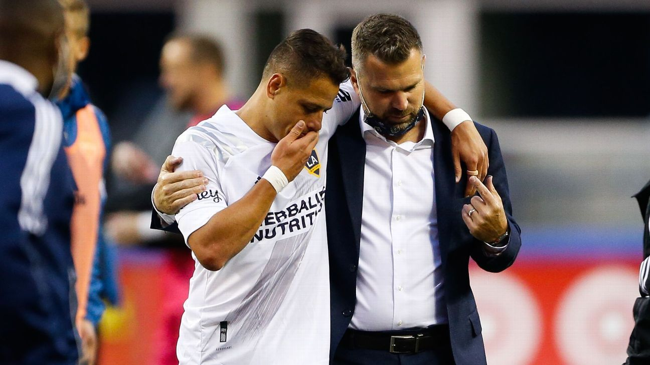 After years of poor performances, Chicharito, Vanney have LA Galaxy back on track