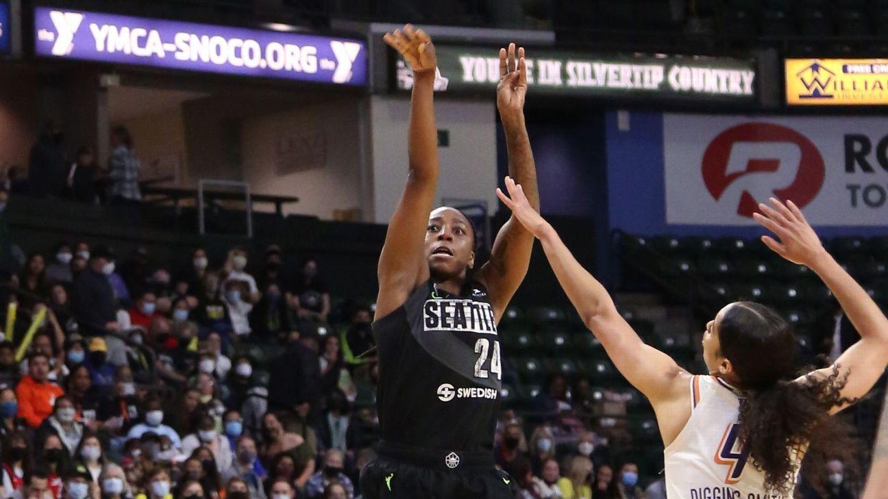 Jewell Loyd của Seattle Storm đạt kỷ lục WNBA với 22 điểm quý